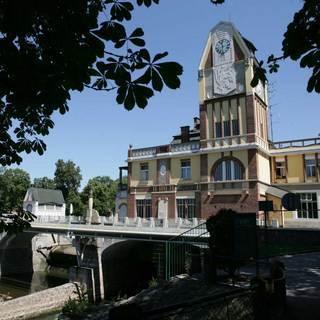 FOTKA - Klasické turistické cíle hrady a zámky mají konkurenci – návštěvníky lákají i technické zajímavosti
