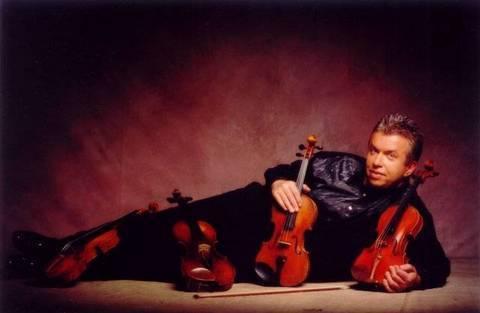 FOTKA - Malý rozhovor s velkým houslistou Jaroslavem Svěceným