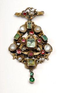 FOTKA - Veletrh ANTIQUE ozdobí starožitné šperky