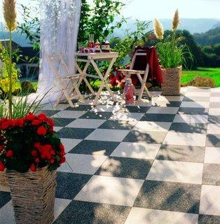 FOTKA - Češi chtějí na zahradě komfort a co nejméně práce