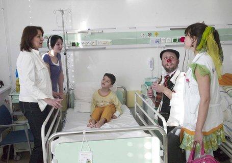 FOTKA - Herečka Zlata Adamovská navštívila malé pacienty