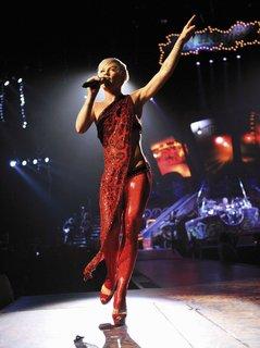 FOTKA - Americká zpěvačka P!NK je zpět!