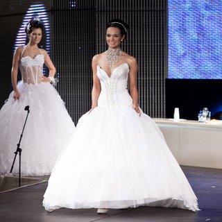 FOTKA - Přehlídka Svatební šaty 2010