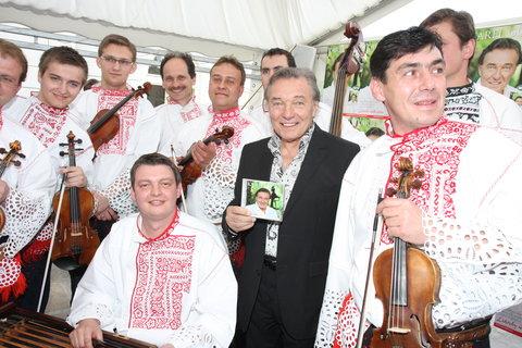 FOTKA - Karel Gott  - Návrat K Supraphonu s novým albem