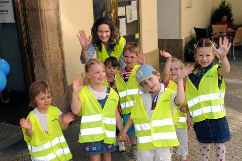 FOTKA - Děti - Chodci