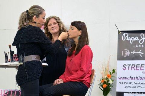 FOTKA - Prestižní kosmetický veletrh WORLD OF BEAUTY & SPA