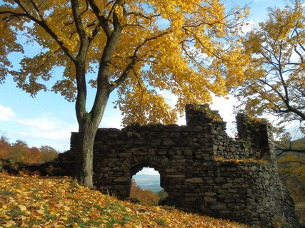 FOTKA - Podzimním Podkrušnohořím z Oseka na Rýzmburk