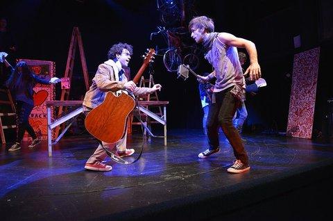 FOTKA - Kultovní broadwayský muzikál Rent