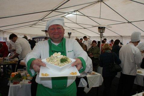 FOTKA - Mistrovství ČR v přípravě bramborového salátu zná vítěze