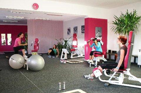 FOTKA - Nebojte se svalů aneb proč zařadit silový trénink