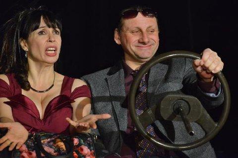FOTKA - Nela Boudová v komedii Úhlavní přátelé