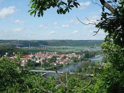 FOTKA - Za hranice velkoměsta - Břežanské údolí a hradiště na Závisti