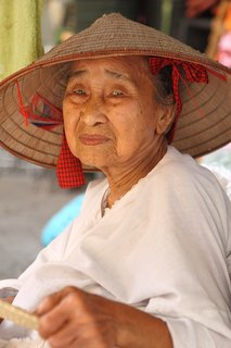 FOTKA - Dobrodruh 12. díl - Napětí na Mekongu!