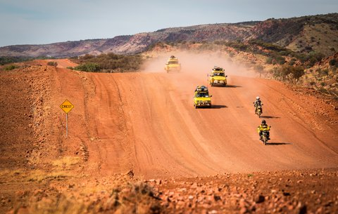 FOTKA - Trabantem z Austrálie do Asie 3. díl - Zlatokopeckou stezkou