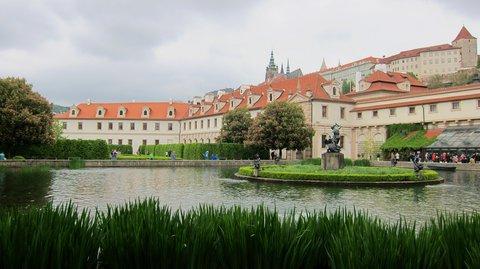 FOTKA - Pozvání Senátu Parlamentu ČR jsem přijala