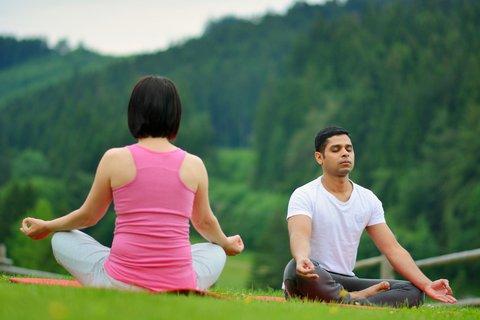 FOTKA - Dovolená pro romantiky s wellness a jógou? Vyrazte do Beskyd