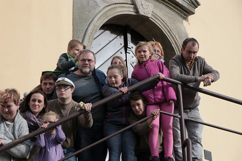 FOTKA - Neratov povstal z popela. Dokumenty o něm dnes točí i děti