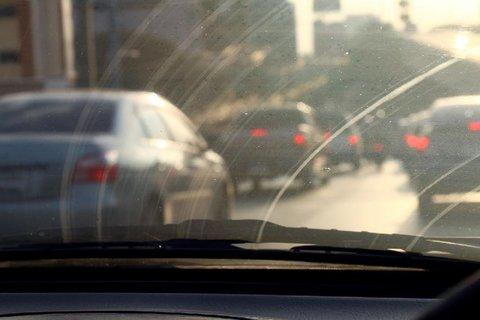 FOTKA - Jak pečovat o čelní sklo u svého auta?