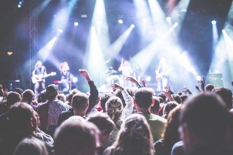 FOTKA - Rok 2018 přeje milovníkům hudby. Kdo dorazí do Česka? Těšte se!