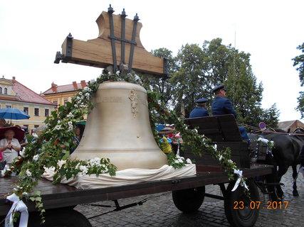FOTKA - Zvon pro kostel svatého Jakuba