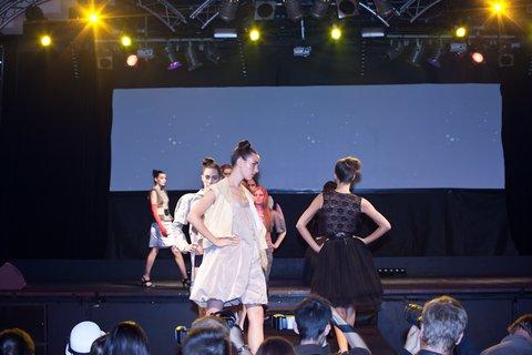 FOTKA - Krakora Fashion – nadějné návrhářky představují své modely