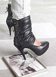 FOTKA - Módní obuv Podzim / Zima 2010/2011