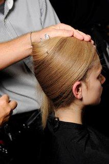 FOTKA - Módní přehlídka: Vivienne Westwood Gold Label jaro – léto 2011
