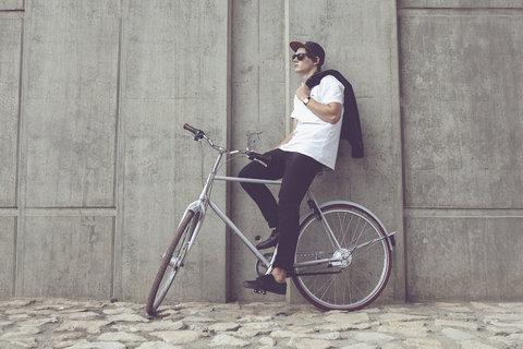 FOTKA - Retro letí - stylově na výlety i do města s Kolosem