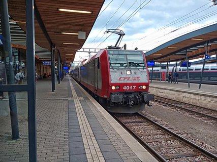 FOTKA - Velká vlaková loupež