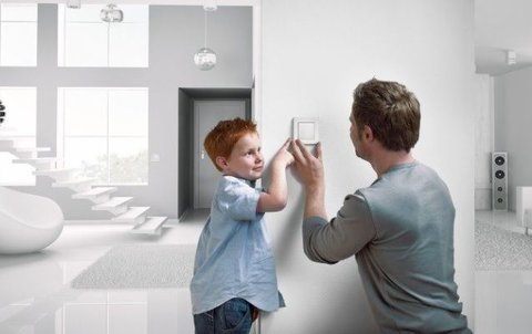 FOTKA - Mějte svojí chalupu pod kontrolou a vbezpečí spomocí systému xComfort