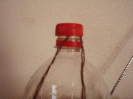 FOTKA - Vyrob si sama - Krmítko z plastové lahve