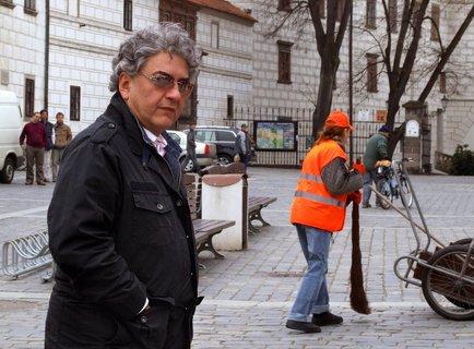FOTKA - 3 plus 1 s Miroslavem Donutilem na téma sázek