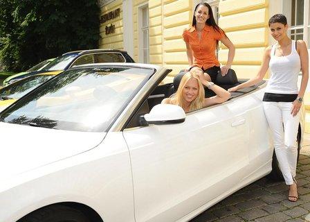 FOTKA - Na Autosalonu mají ženy zelenou