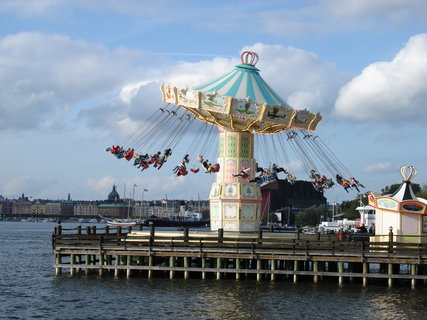 FOTKA - Gröna Lund Tivoli - super zábava pro celou rodinu