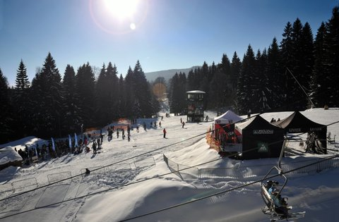 FOTKA - Šumavský Špičák opět nezklame! Nově rozšířené sjezdovky, lyžování za stejné ceny.