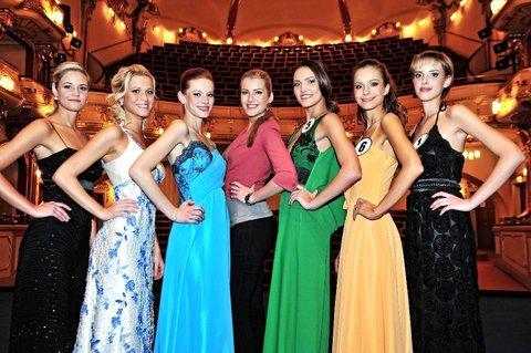 FOTKA - Česká Miss 2012 zná všechny semifinalistky