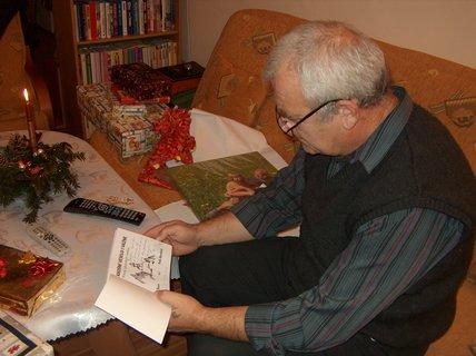 FOTKA - Kniha pod stromečkem aneb Jak jsem si dopisovala se spisovatelem