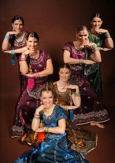 FOTKA - Šivovo kolo života láká na současné i tradiční tance z Indie