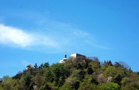 FOTKA - Chřiby – Barborka, hrad Buchlov, zámek Buchlovice
