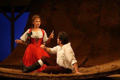 FOTKA - Užijte si jedinečný večer s operou Prodaná nevěsta na zámku Štiřín