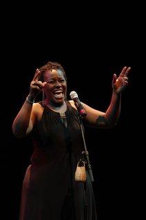 FOTKA - Ridina Ahmedová- rozhovor nejen o zpěvu a terapii hlasem
