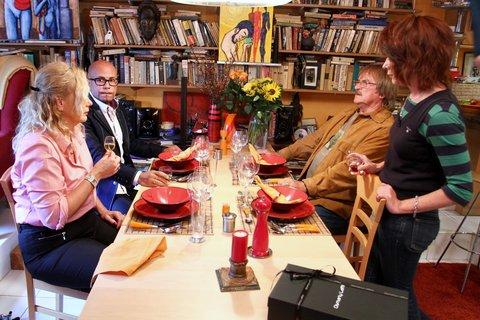 FOTKA - VIP Prostřeno 28.8. 2012 - Barbora Tachecí