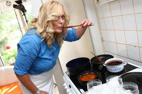 FOTKA - VIP Prostřeno 28.8. 2012 - Martina Adamcová