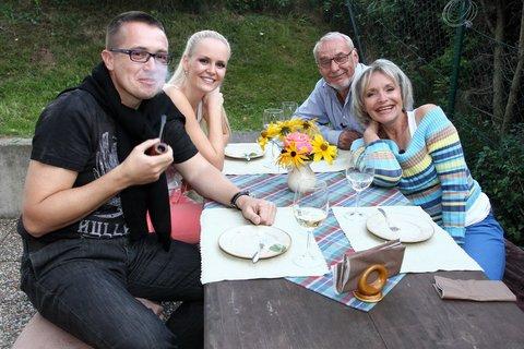 FOTKA - VIP Prostřeno 18.9. 2012 -  Lucie Hadašová