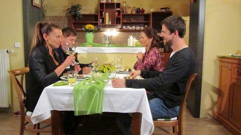 FOTKA - VIP Prostřeno 9.10. 2012 - Hanka Kynychová