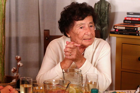 FOTKA - VIP Prost�eno 25.10. 2012 - Halina Pawlowsk�