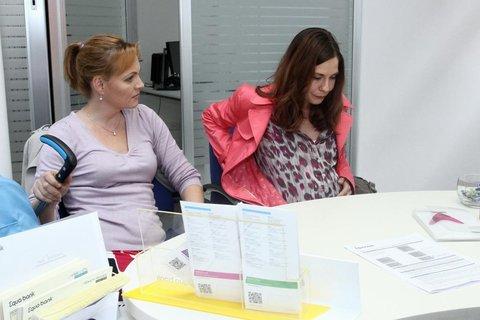 FOTKA - Klára Jandová je v seriálu Cesty domů maminkou