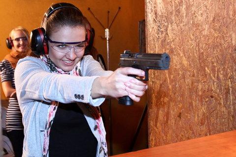 FOTKA - VIP Prostřeno 15.11. 2012 - Lucie Špaková