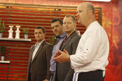 FOTKA - Finalisté Masterchef budou vařit s michelinským Romanem Paulusem