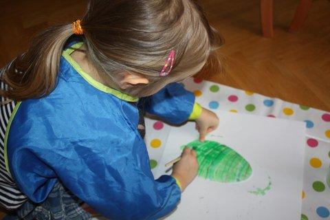 FOTKA - Papírová velikonoční vajíčka – tvoření s malými dětmi
